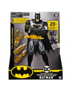 Batman Figurina 29cm Deluxe Cu Accesorii Si Fraze In Limba
