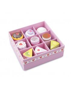Set de 9 prajituri in cutie de cadou